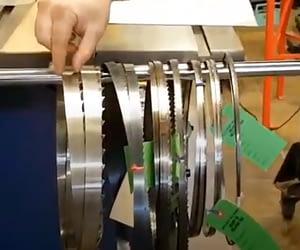 Bandsaw blade width